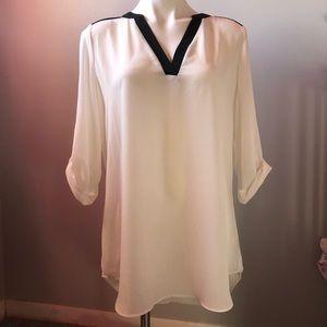 IZbyer  size xlarge white & black 3/4 sleeve